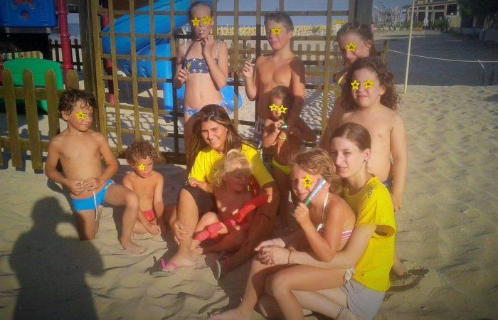 Foto di gruppo per l'animazione ai Bagni Hermes
