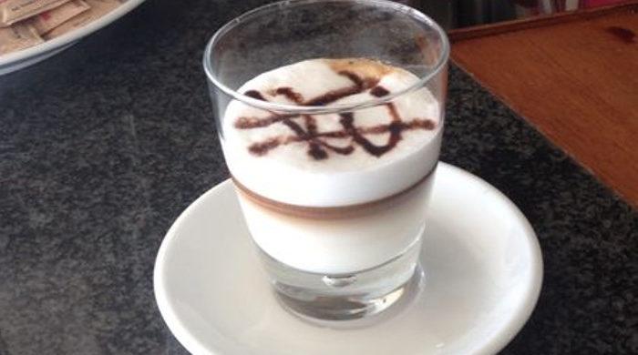 caffè in spiaggia Bagni Hermes Torrette di Fano