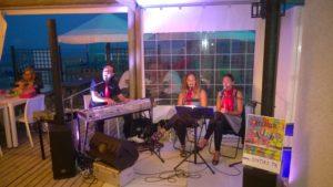 Musica dal vivo ai Bagni Hermes Torrette di Fano